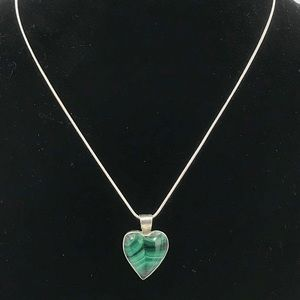 Jewelry - Vintage Style Malachite Heart Necklace